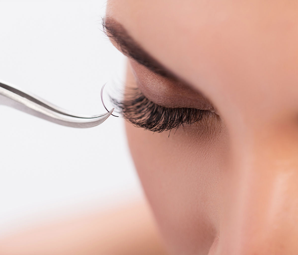 LASH-EXTENSION-SCHULUNG